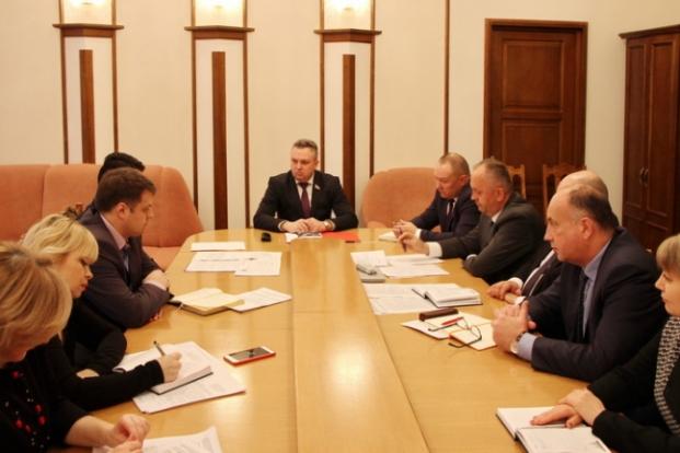 На заседании Постоянной комиссии Палаты представителей по промышленности, топливно-энергетическому комплексу, транспорту и связи 27 января 2020 года